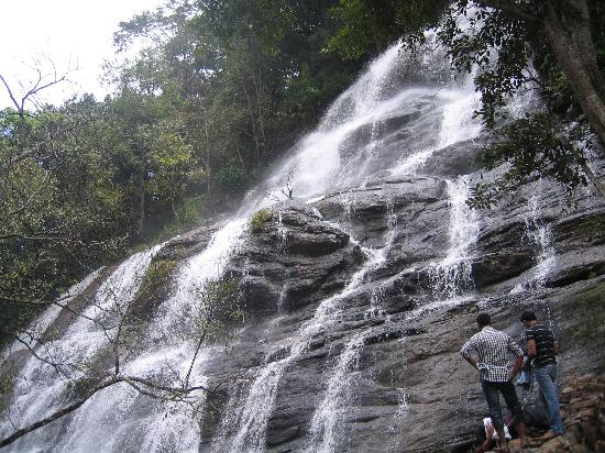 kiliyur-falls