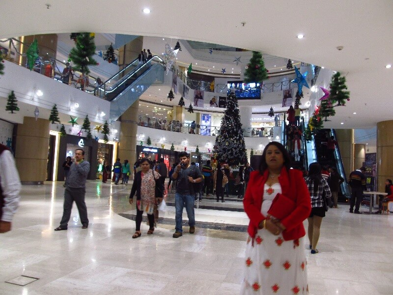 Christmas decoraton at Acropolis mall
